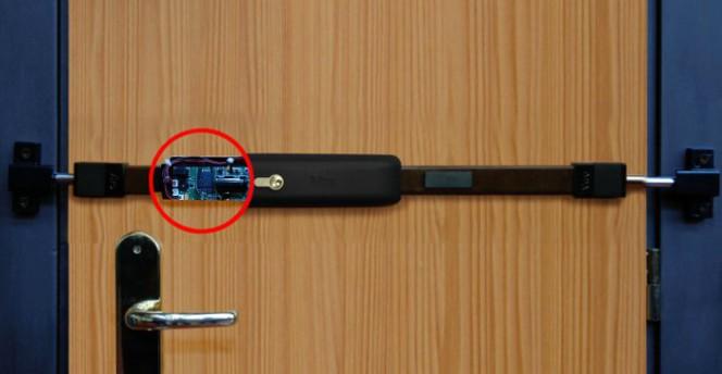 La nueva Tranca Electrónica Viro: doble protección, cerradura de seguridad y alarma en tiempo real