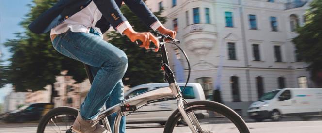 bici eléctrica o con pedaleo asistido